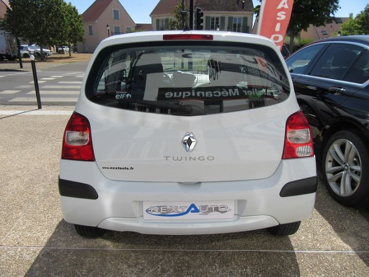Renault Twingo 1.2 60CH AUTHENTIQUE Blanc - 8