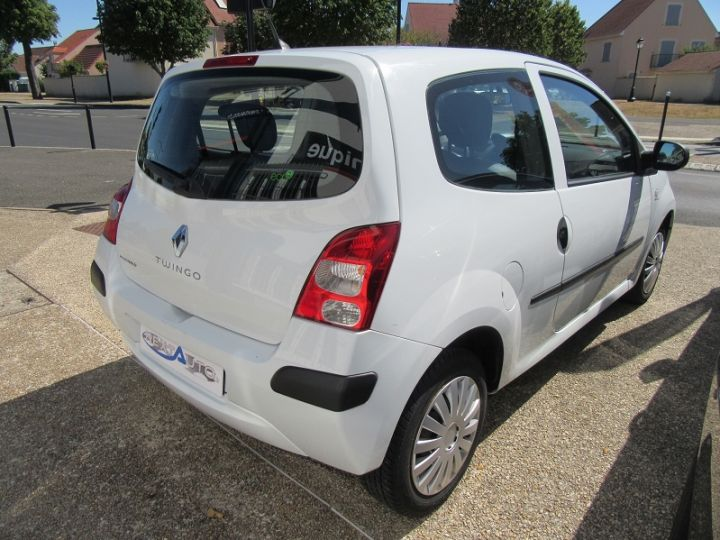 Renault Twingo 1.2 60CH AUTHENTIQUE Blanc - 9