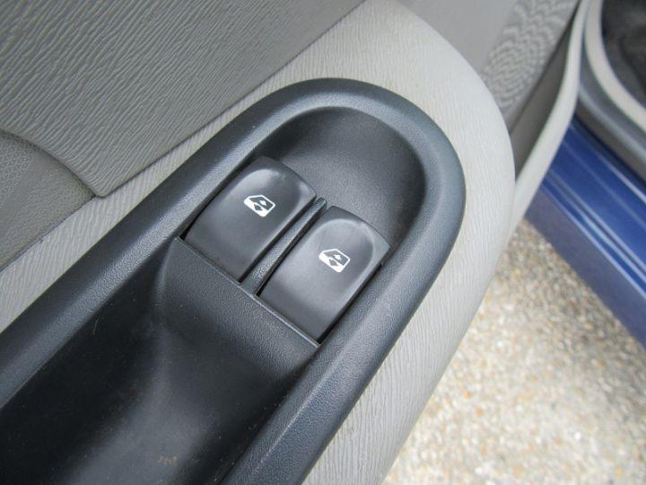 Renault Twingo 1.2 60CH AUTHENTIQUE Bleu Fonce - 10
