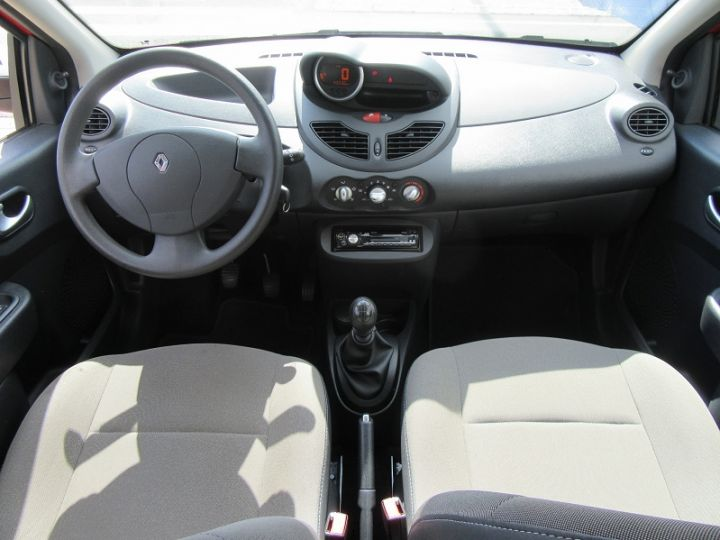 Renault Twingo 1.2 JE T'AIME Rouge Occasion - 11