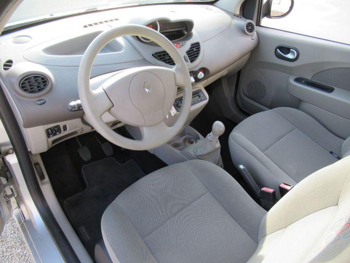 Renault Twingo 1.2 LEV 16V 75CH EXPRESSION Gris Clair - 2