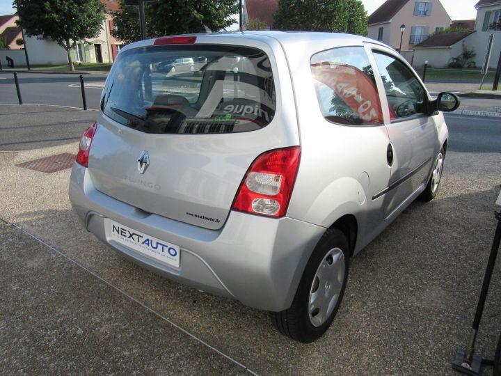 Renault Twingo 1.2 LEV 16V 75CH EXPRESSION Gris Clair - 10