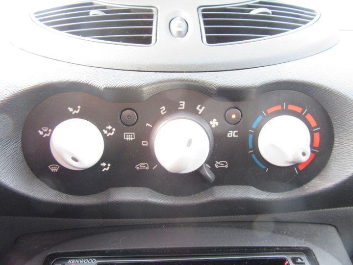 Renault TWINGO 1.2 LEV 16V 75CH YAHOO ECO NOIR Occasion - 6