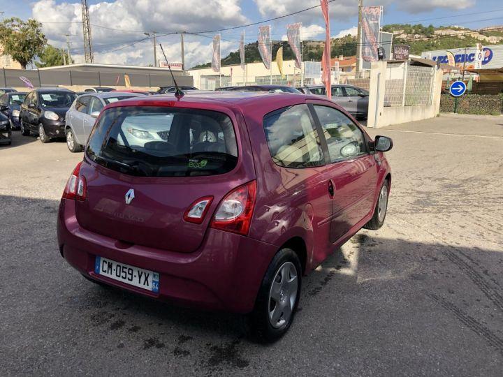 Renault TWINGO 1.2i 16V 75CH EXPRESSION FUCHSIA METAL Occasion - 4