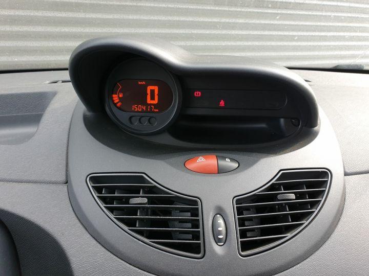 Renault Twingo 2 1.2 60 authentique bv5 o Vert Amande Occasion - 11