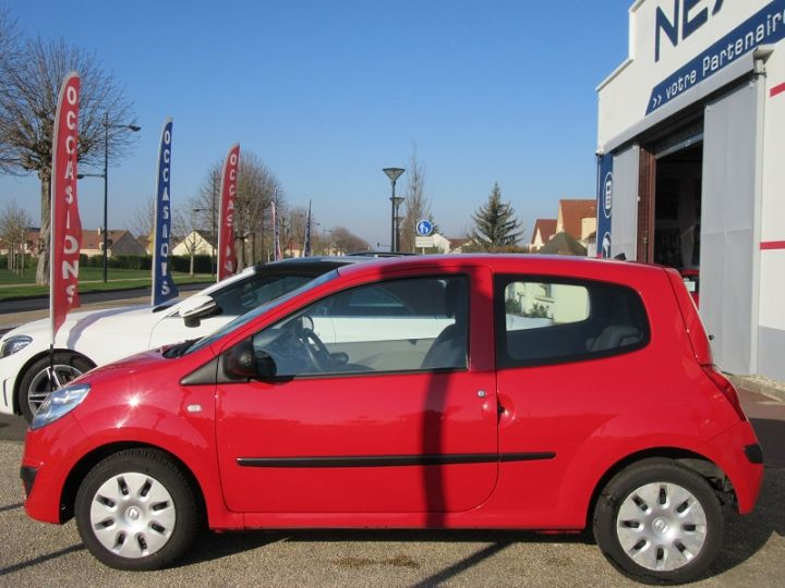 Renault TWINGO II 1.2 60CH AUTHENTIQUE Rouge Occasion - 5