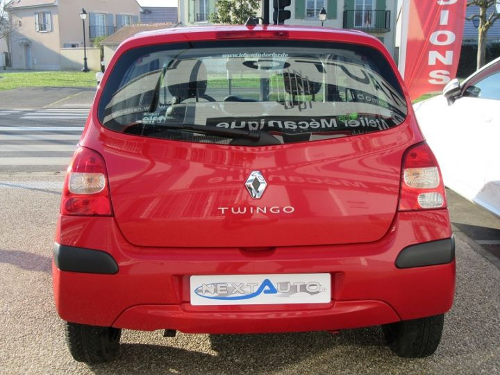 Renault TWINGO II 1.2 60CH AUTHENTIQUE Rouge Occasion - 7
