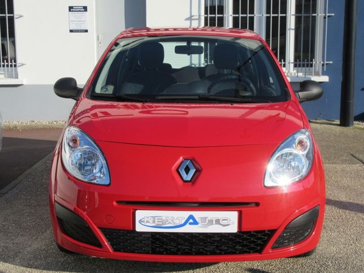Renault TWINGO II 1.2 60CH AUTHENTIQUE Rouge Occasion - 9