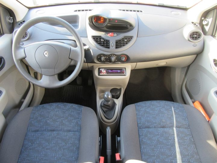 Renault TWINGO II 1.2 60CH AUTHENTIQUE Rouge Occasion - 14