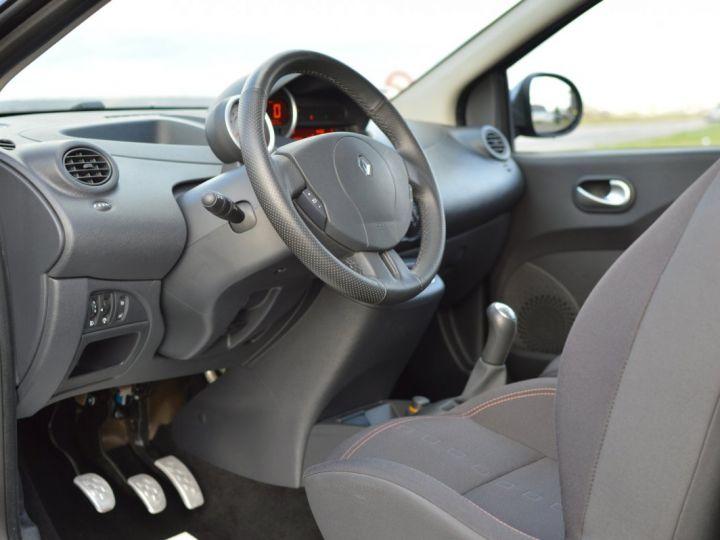 Renault Twingo RENAULT TWINGO II RS 1.6 16V 133ch VERITABLE 1ERE MAIN ENTIEREMENT D'ORIGINE COTE MONTANTE NOIR - 7