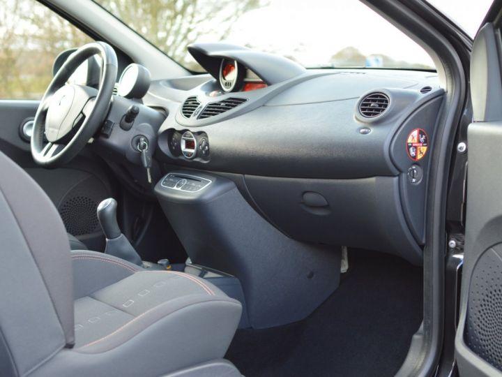 Renault Twingo RENAULT TWINGO II RS 1.6 16V 133ch VERITABLE 1ERE MAIN ENTIEREMENT D'ORIGINE COTE MONTANTE NOIR - 10