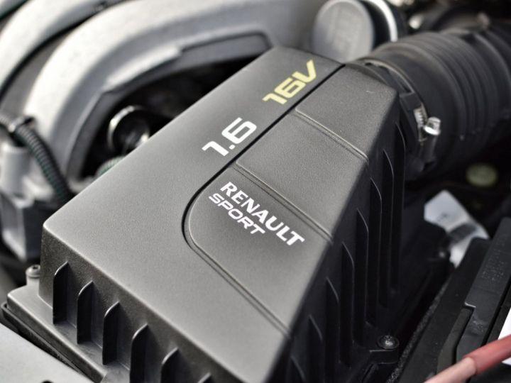 Renault Twingo RENAULT TWINGO II RS 1.6 16V 133ch VERITABLE 1ERE MAIN ENTIEREMENT D'ORIGINE COTE MONTANTE NOIR - 20