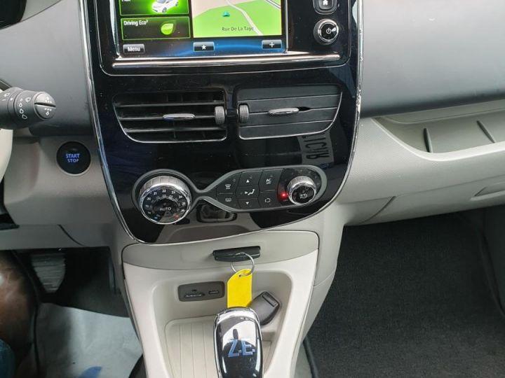 Renault Zoe intens charge rapide bva iii Blanc Occasion - 11
