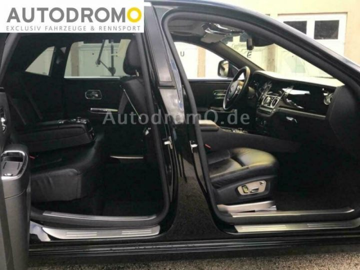 Rolls Royce Ghost Black Ed. V12 6.6 571cv *Livraison à domicile - Garantie 12 mois INCLUS - Noire Black ed. - 6