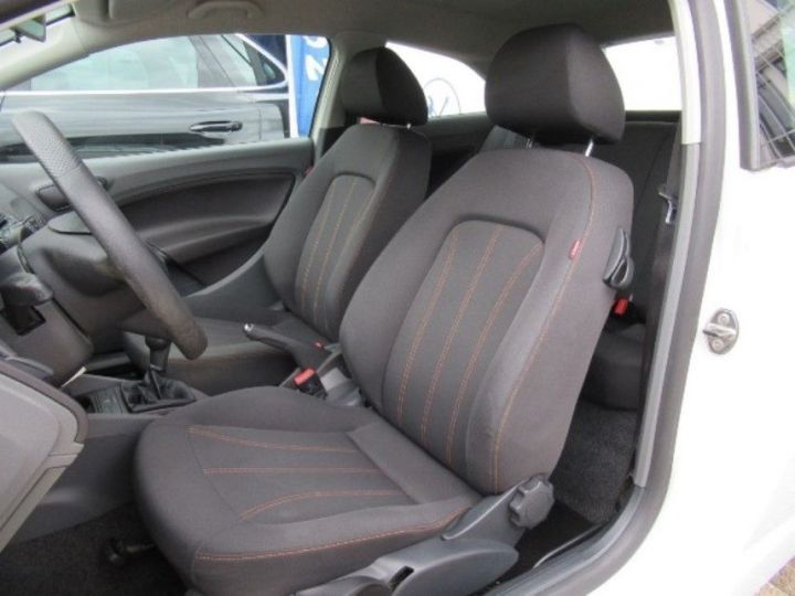 Seat IBIZA 1.2 TDI75 FAP CR PREFERENCE Blanc - 4
