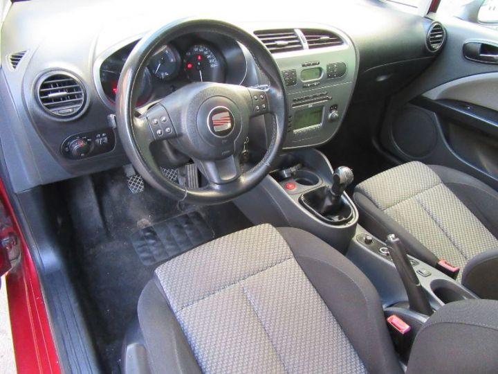 Seat LEON 1.9 TDI105 FAP STYLANCE ECOMOTIVE ROUGE Occasion - 2