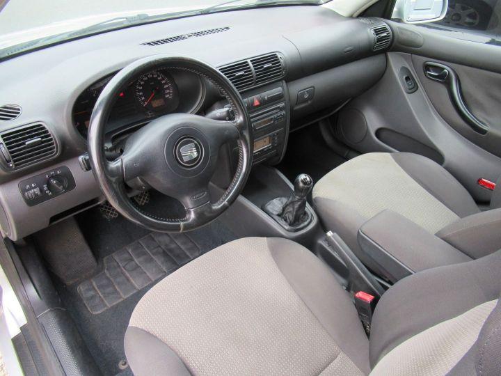 Seat TOLEDO 1.9 TDI110 SIGNUM Gris Clair - 2