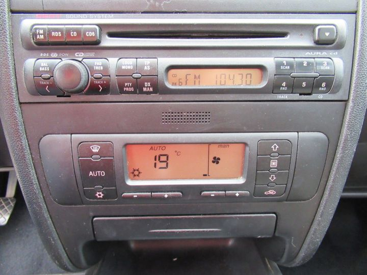 Seat TOLEDO 1.9 TDI110 SIGNUM Gris Clair - 8