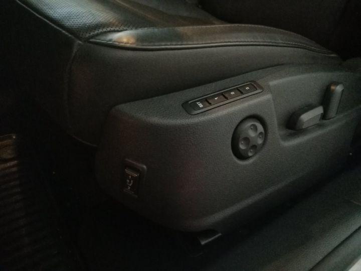 Skoda SUPERB Break COMBI 2.0 TDI 170 CV LAURIN & KLEMENT 4X4 DSG Blanc - 12