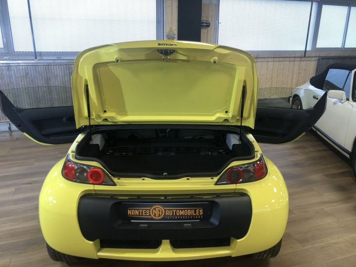 Smart ROADSTER jaune et noir - 7