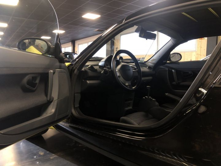 Smart ROADSTER jaune et noir - 8
