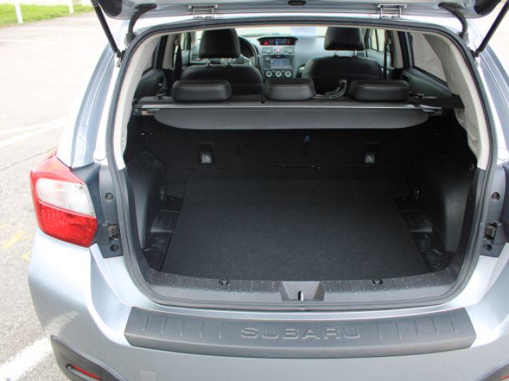 Subaru XV BOXER 2.0D Club Gris - 4
