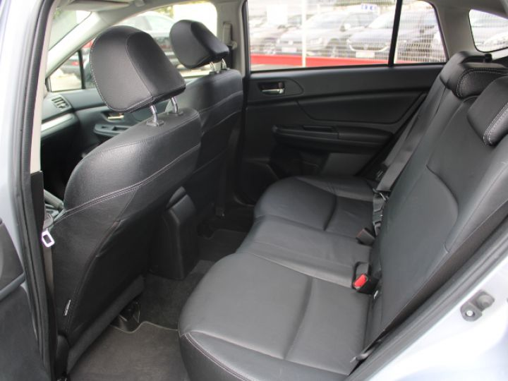 Subaru XV BOXER 2.0D Club Gris - 7