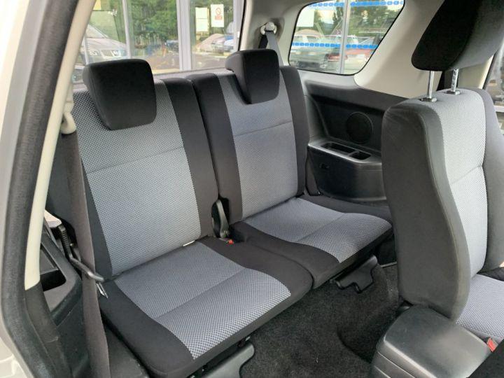 Suzuki GRAND VITARA 1.9 L DDIS 130 CV 3 portes Gris clair - 14