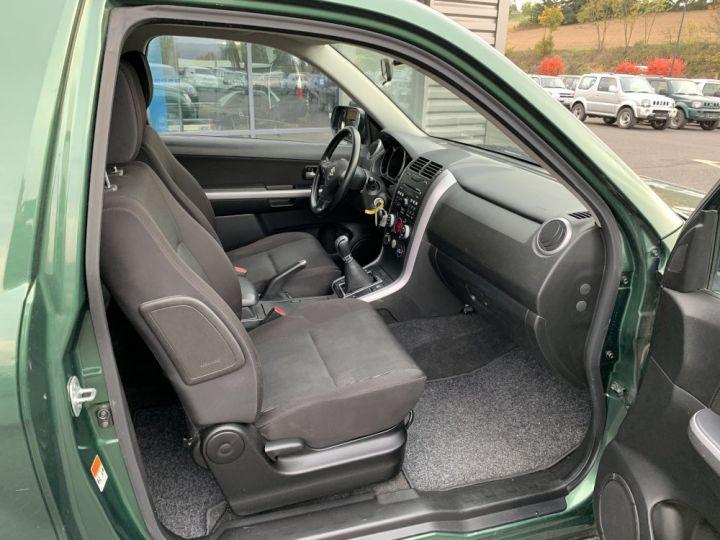 Suzuki GRAND VITARA 1.9 L DDIS 130 CV 3 portes Vert Foncé - 9