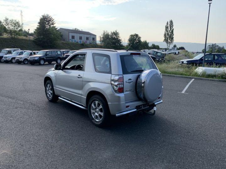 Suzuki GRAND VITARA 1.9 L DDIs Luxe Gris clair - 7