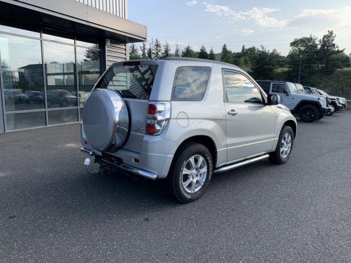 Suzuki GRAND VITARA 1.9 L DDIs Luxe Gris clair - 8