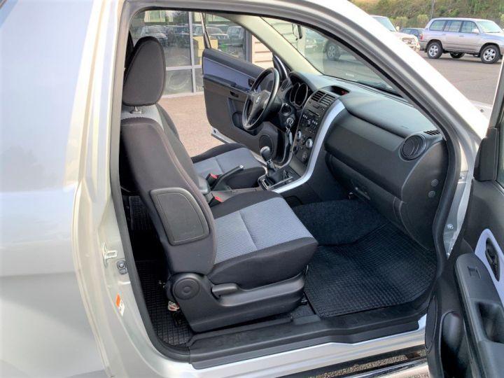 Suzuki GRAND VITARA 1.9 L DDIs Luxe Gris clair - 12