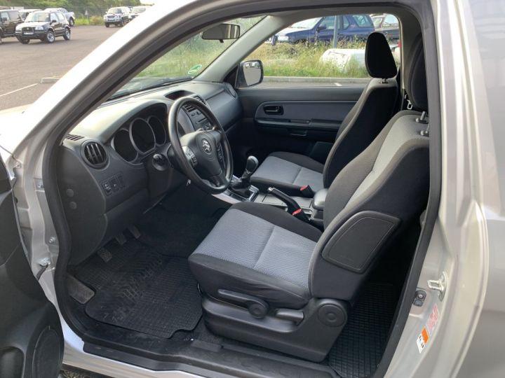 Suzuki GRAND VITARA 1.9 L DDIs Luxe Gris clair - 16