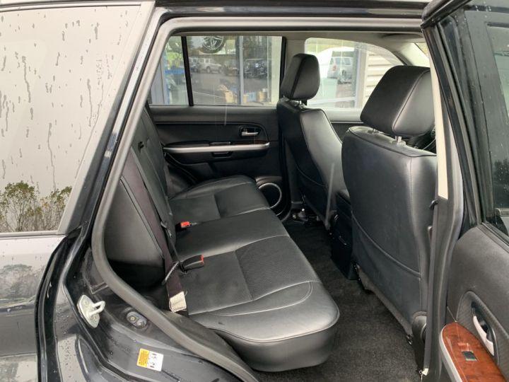 Suzuki GRAND VITARA 2 L essence 140 CV Long Luxe Noir - 10