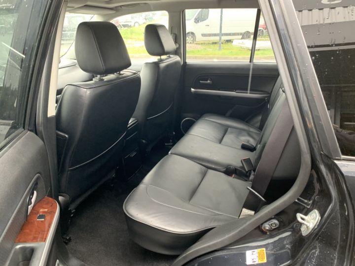 Suzuki GRAND VITARA 2 L essence 140 CV Long Luxe Noir - 11