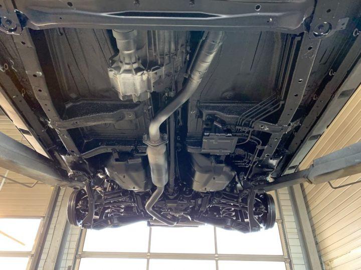 Suzuki GRAND VITARA 2 L essence 140 CV Long Luxe Noir - 19