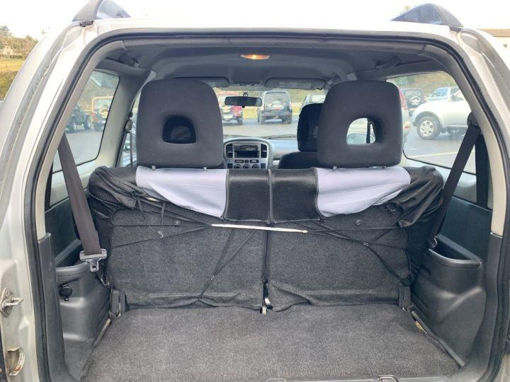 Suzuki GRAND VITARA 2 L TD 3 portes 109 CV Luxe Gris clair - 12