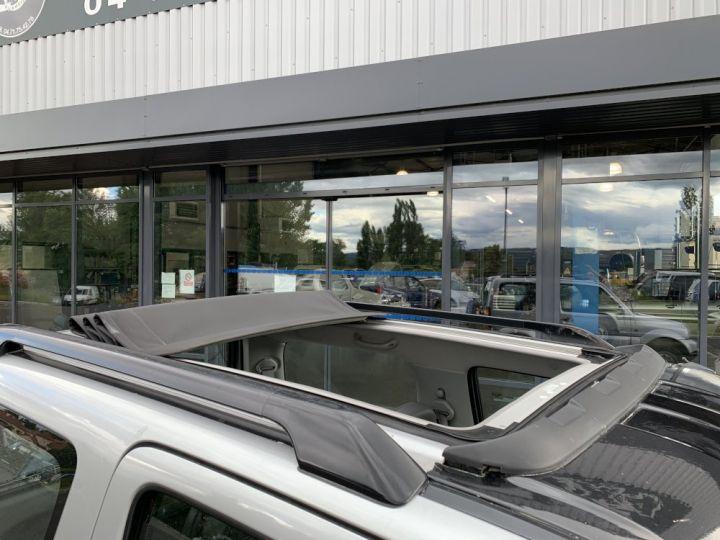 Suzuki JIMNY 1.3 L Essence Skyline Toit ouvrant panoramique Gris clair - 9