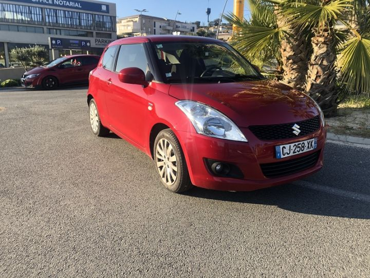 Suzuki SWIFT 1.3 DDIS75 GLX 3P Rouge - 1