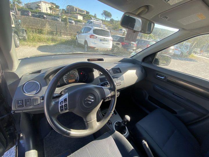 Suzuki SWIFT 1.3 VVT GLX 4X4 5P Noir - 4
