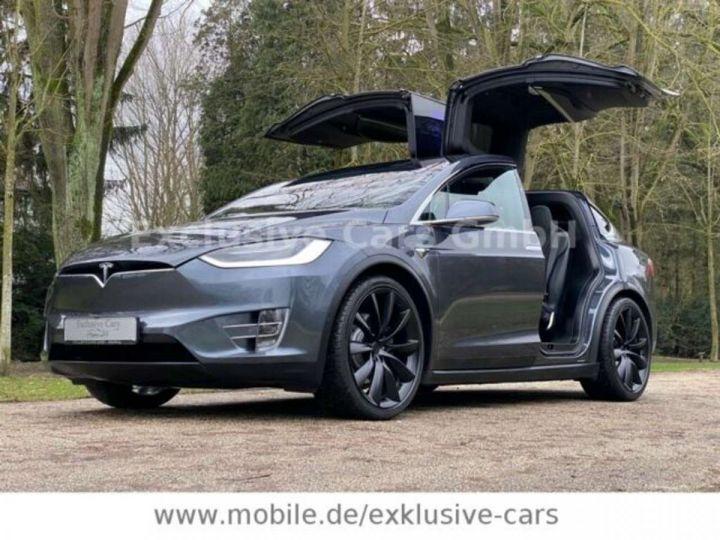 Tesla Model X 100D 525 cv *6 sièges* Pano + attelage * Auto Pilot* Gris Foncé Métallisé - 1