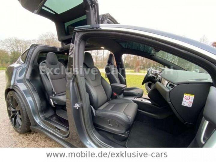 Tesla Model X 100D 525 cv *6 sièges* Pano + attelage * Auto Pilot* Gris Foncé Métallisé - 4