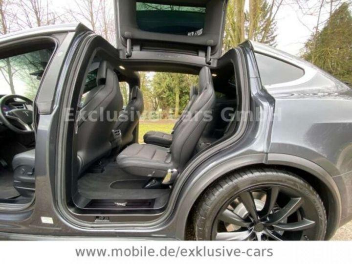 Tesla Model X 100D 525 cv *6 sièges* Pano + attelage * Auto Pilot* Gris Foncé Métallisé - 7