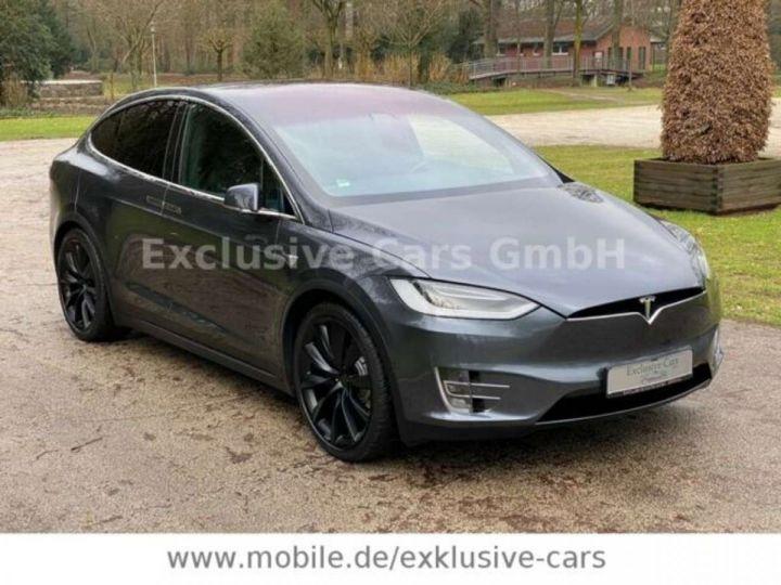 Tesla Model X 100D 525 cv *6 sièges* Pano + attelage * Auto Pilot* Gris Foncé Métallisé - 10
