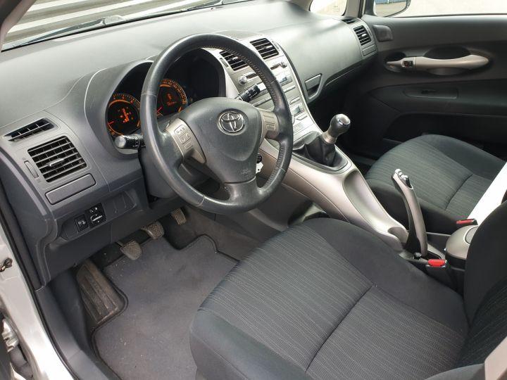Toyota AURIS 124 VVTI LUNA 5 PTS 5P Gris Métallisé Occasion - 7