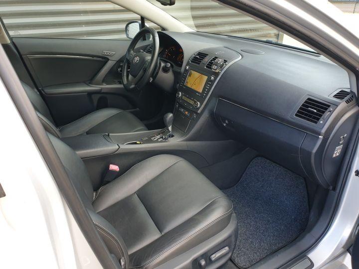 Toyota Avensis 3 iii 150 cat lounge bva Gris Occasion - 8