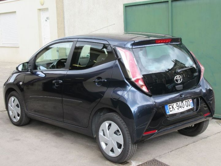 Toyota AYGO 1.0 VVT-I 69CH X-PLAY X-SHIFT 5P GRIS FONCE Occasion - 3