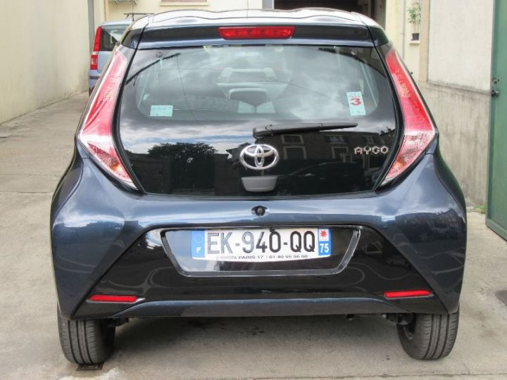 Toyota AYGO 1.0 VVT-I 69CH X-PLAY X-SHIFT 5P GRIS FONCE Occasion - 7