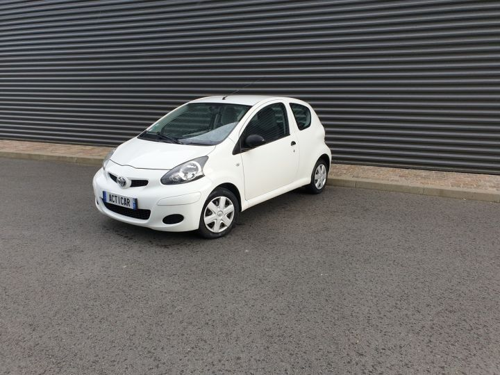 Toyota Aygo 2 1.0 68 i iii Blanc Occasion - 1