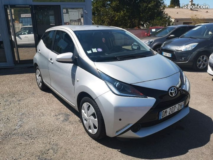 Toyota Aygo X-VAWE-X-WAVE GRIS METAL Occasion - 1